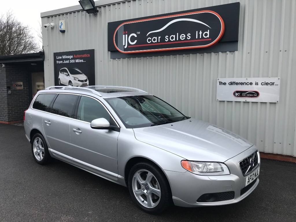 used Volvo V70 2012 D5 SE LUX DIESEL AUTOMATIC in louth-lincolnshire