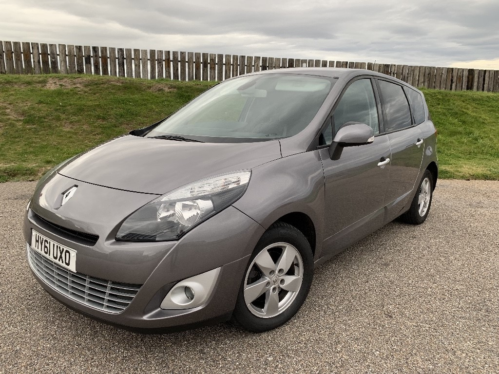 used Renault Scenic GRAND DYNAMIQUE TOMTOM DCI in elgin-moray-morayshire