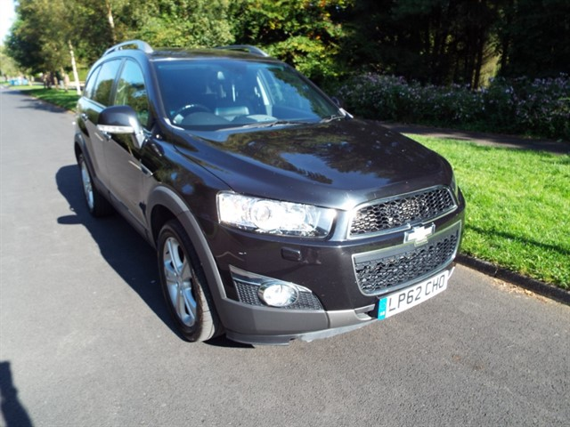 used Chevrolet Captiva VCDI LTZ in lancashire
