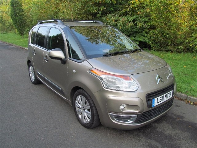 used Citroen C3 Picasso HDi 8v Exclusive 5dr in lancashire