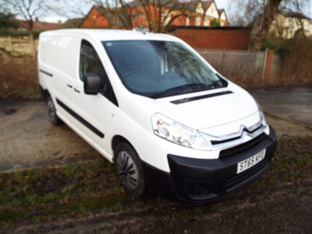 used Citroen Dispatch 1200 L2H1 ENTERPRISE HDI in lancashire
