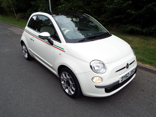 used Fiat 500 LOUNGE in lancashire