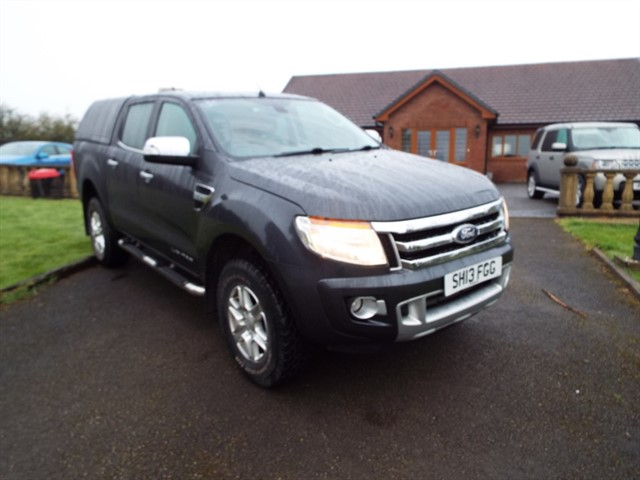 used Ford Ranger LIMITED 4X4 DCB TDCI in lancashire