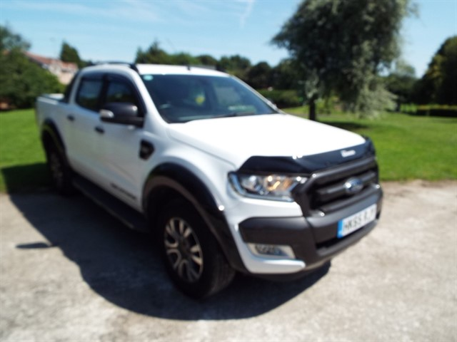 used Ford Ranger WILDTRAK 4X4 DCB TDCI in lancashire