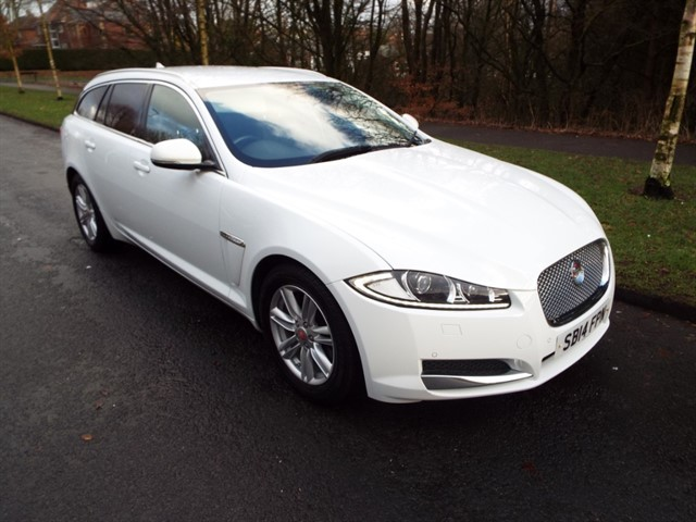 used Jaguar XF D LUXURY SPORTBRAKE in lancashire
