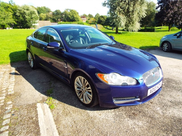 used Jaguar XF V6 LUXURY in lancashire