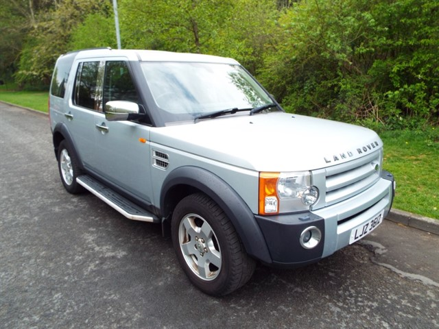 used Land Rover Discovery TDV6 S in lancashire