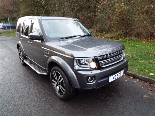 used Land Rover Discovery XS SDV6 COMMERCIAL XS in lancashire