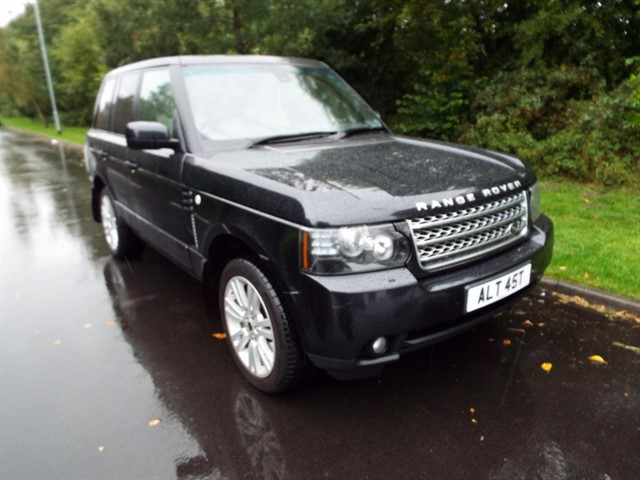 used Land Rover Range Rover TDV8 VOGUE in lancashire