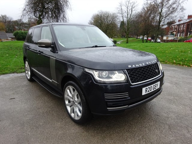 used Land Rover Range Rover TDV6 VOGUE in lancashire