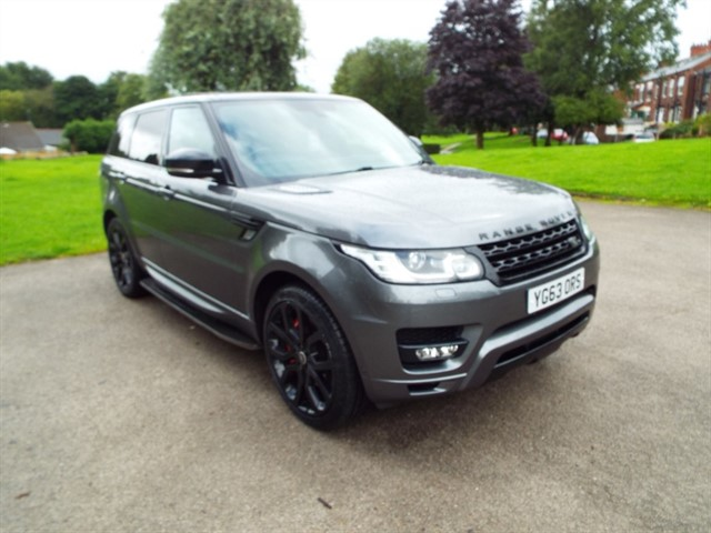 used Land Rover Range Rover Sport SDV6 HSE DYNAMIC in lancashire