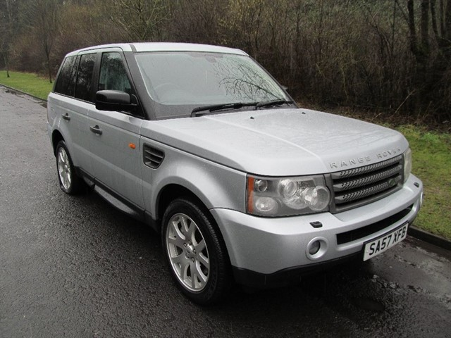 used Land Rover Range Rover Sport TD V6 HSE SUV 5dr Automatic (265 g/km, 187 bhp) in lancashire