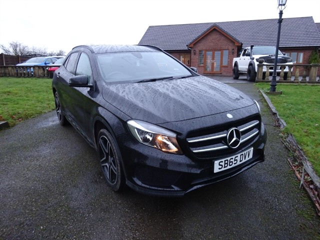 used Mercedes 220 GLA  D 4MATIC AMG LINE in lancashire