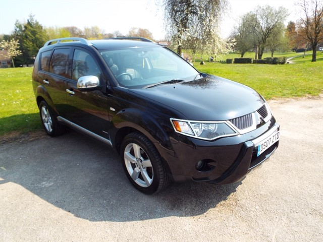 used Mitsubishi Outlander DI-D INTENSE WARRIOR H-LINE in lancashire