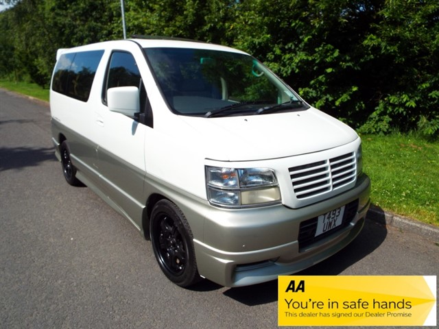used Nissan Elgrand HIGHWAY STAR in lancashire