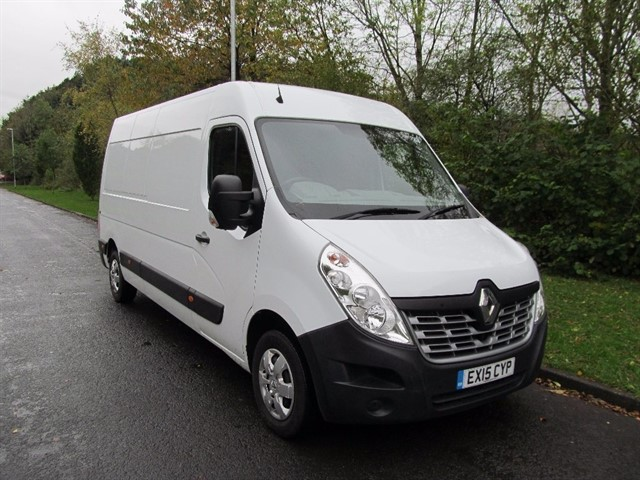 used Renault Master dCi Energy LM35 Business+ Medium Roof Van (FWD) 5dr (start/stop) in lancashire
