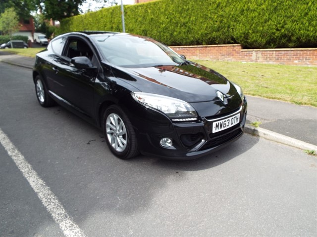 used Renault Megane DYNAMIQUE TOMTOM ENERGY DCI S/S in lancashire