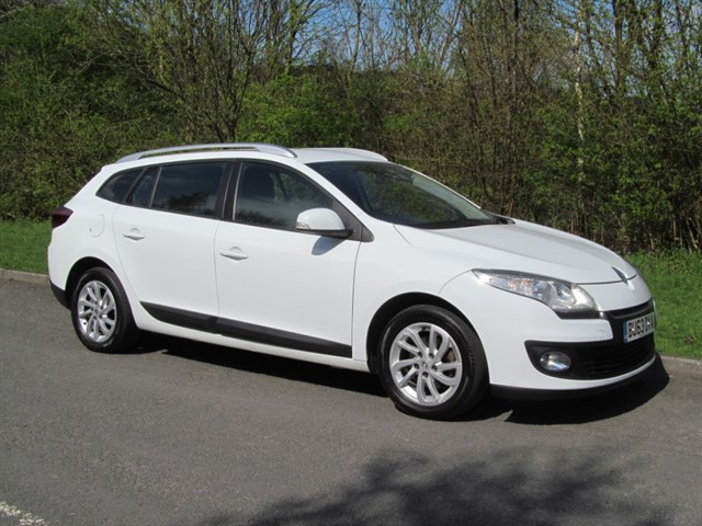 used Renault Megane EXPRESSION PLUS ENERGY DCI S/S in lancashire