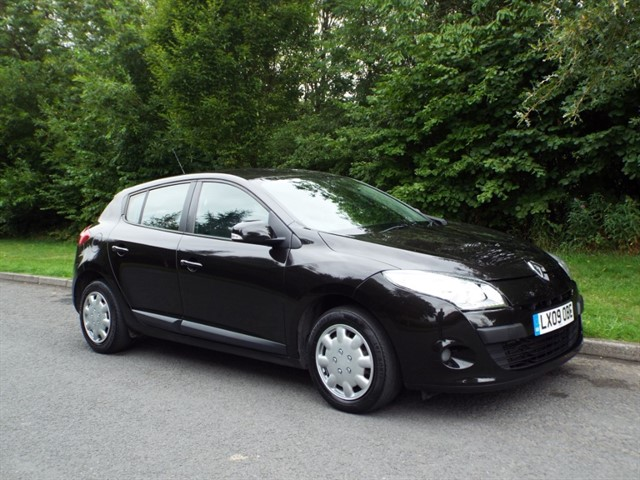 used Renault Megane EXPRESSION DCI in lancashire