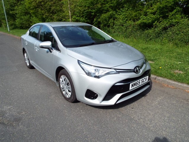 used Toyota Avensis D-4D ACTIVE in lancashire