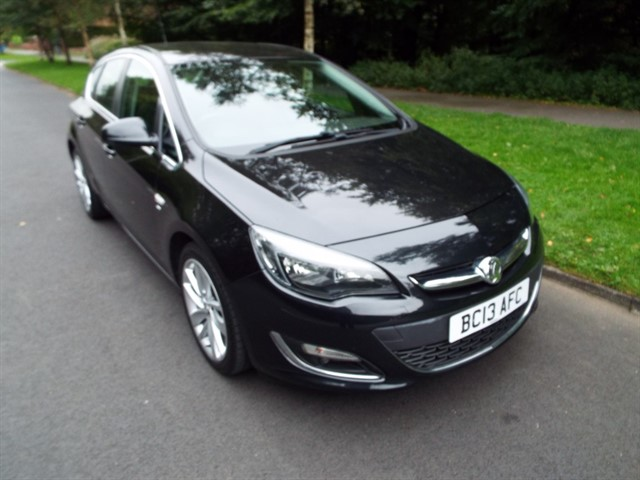 used Vauxhall Astra SRI in lancashire