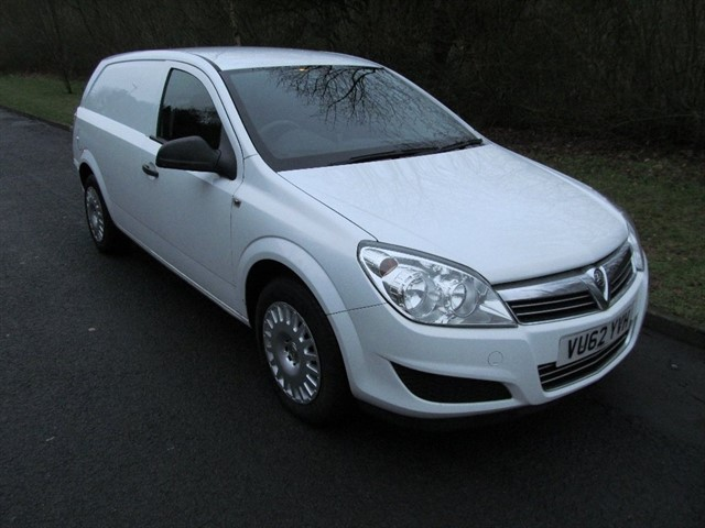 used Vauxhall Astra Van CDTi ecoFLEX 16v Club Panel Van 3dr in lancashire