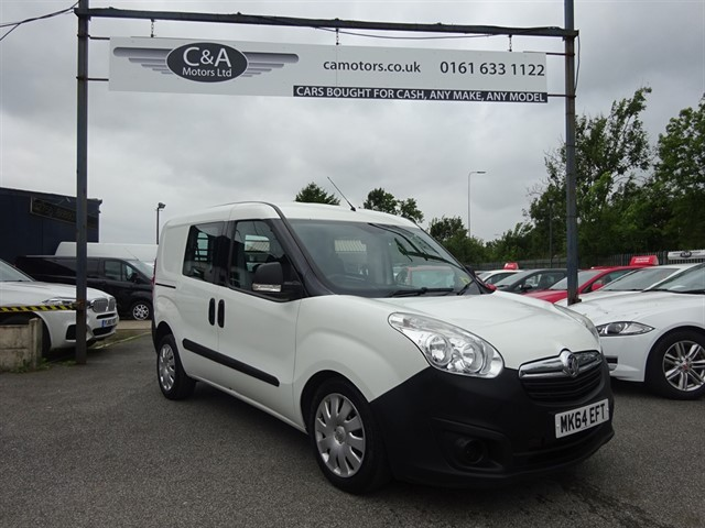 used Vauxhall Combo 2300 L1H1 CDTI S/S in lancashire