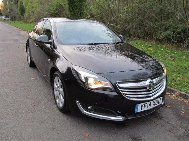 used Vauxhall Insignia 2.0 CDTi ecoFLEX SRi Nav Hatchback 5dr (start/stop) in lancashire