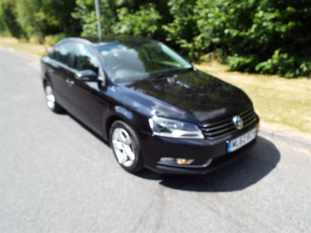 used VW Passat S TDI BLUEMOTION TECHNOLOGY in lancashire