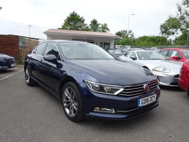 used VW Passat SE BUSINESS TDI BLUEMOTION TECHNOLOGY in lancashire