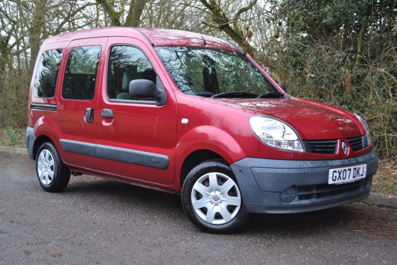 used Renault Kangoo AUTHENTIQUE 16V in colchester
