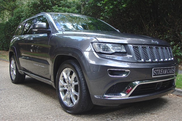 Jeep Grand Cherokee in Bagshot, Surrey