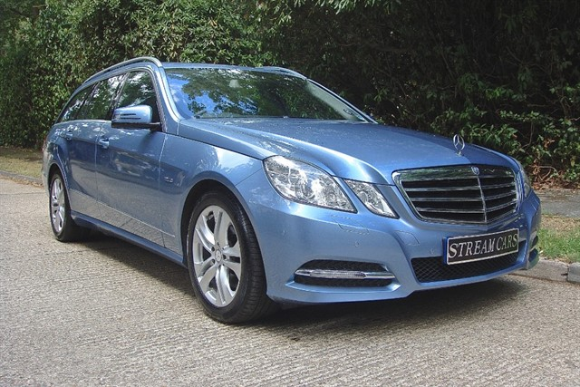 Mercedes E250 in Bagshot, Surrey