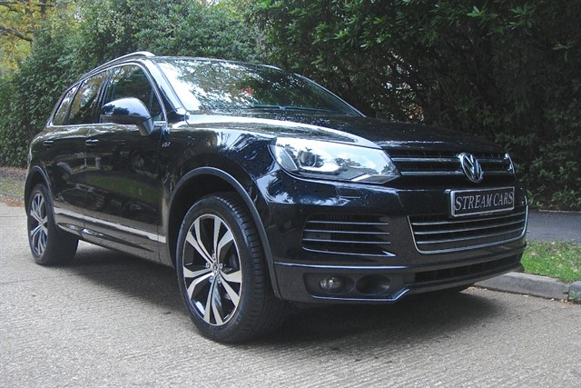 Volkswagen Touareg in Bagshot, Surrey
