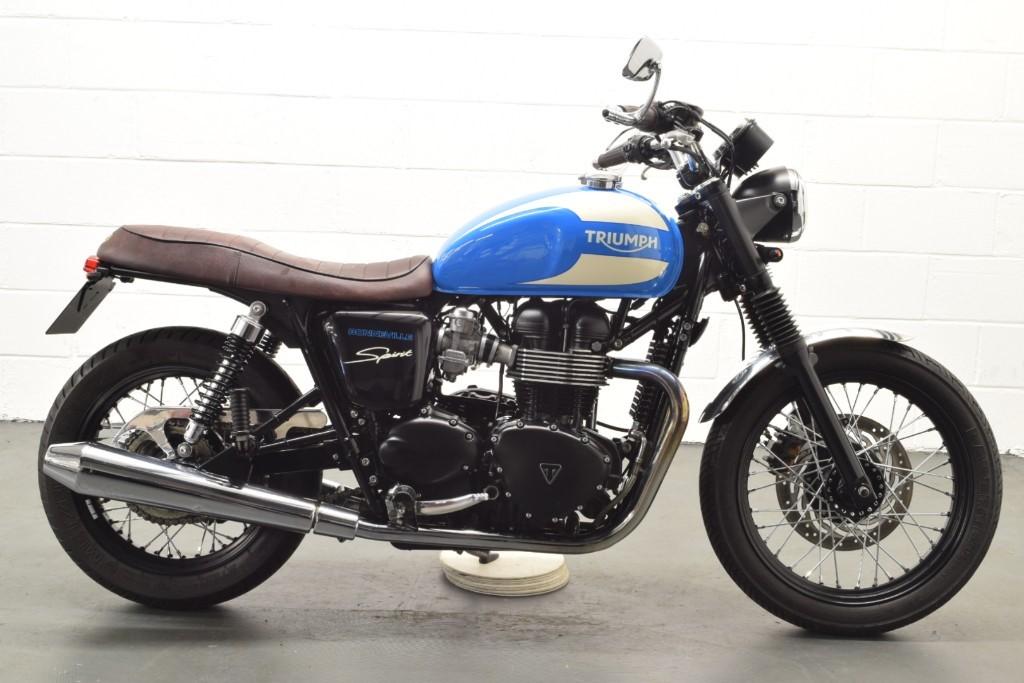 Triumph Bonneville 865 Optimum Bikes Ltd West Yorkshire