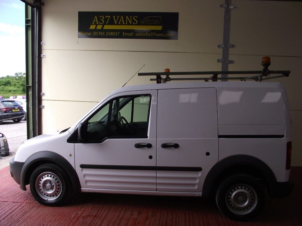 Ford Transit Connect in Bristol   Used Van Specalists   A37 Vans