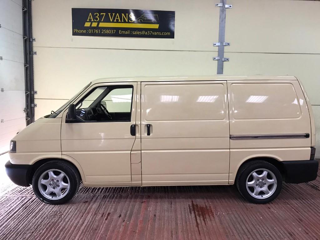 vast selection huge inventory utterly stylish Volkswagen Transporter in Bristol | Used Van Specalists ...