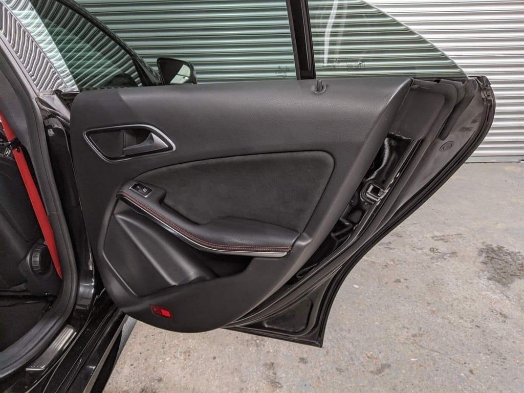 Mercedes CLA45 AMG