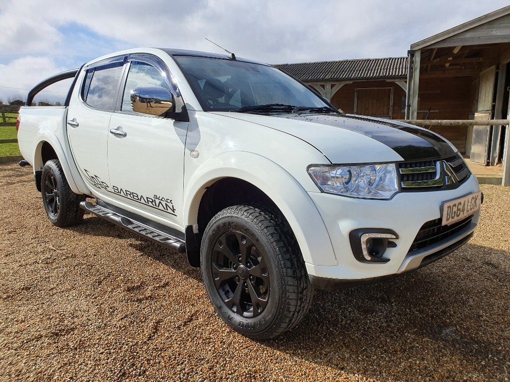 used Mitsubishi L200 DI-D 4X4 BARBARIAN BLACK LB DCB in rainham-kent