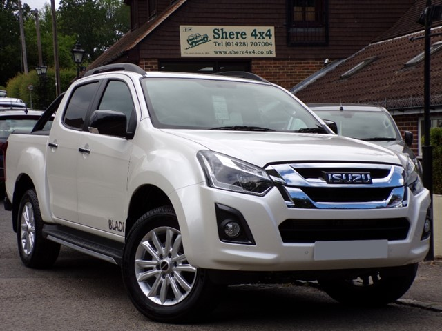 used Isuzu D-Max 1.9TD Twin Turbo Blade Auto doublecab. NO VAT TO PAY in surrey-sussex