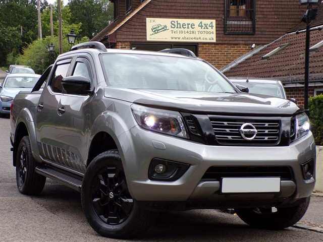 used Nissan Navara 2.3 DCi N-Guard Doublecab Automatic - NO VAT TO PAY in surrey-sussex