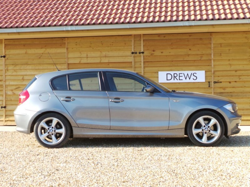 Used BMW 116i SPORT Auto Full BMW History F & R Parktronic in Berkshire