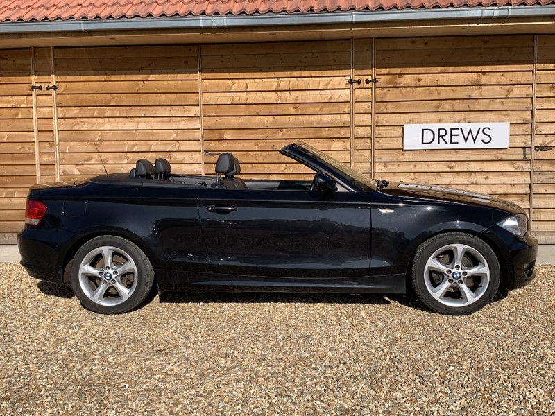Used BMW 118d SE Heated Black Leather Seats Front and Rear Parking Sensors in Berkshire
