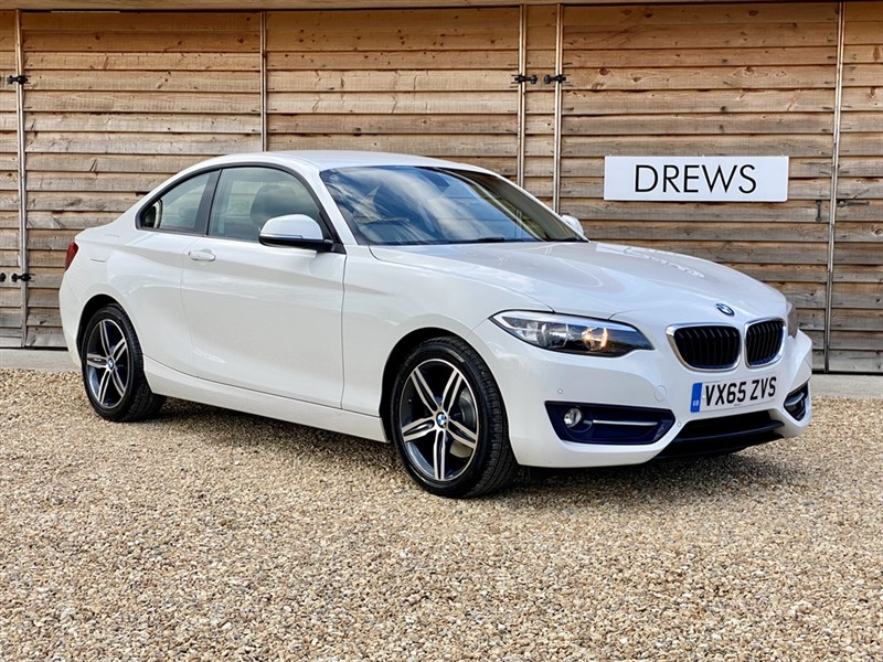 Used BMW 220d 2.0d SPORT £30 Tax Just Serviced Heated Leather Seats in Berkshire