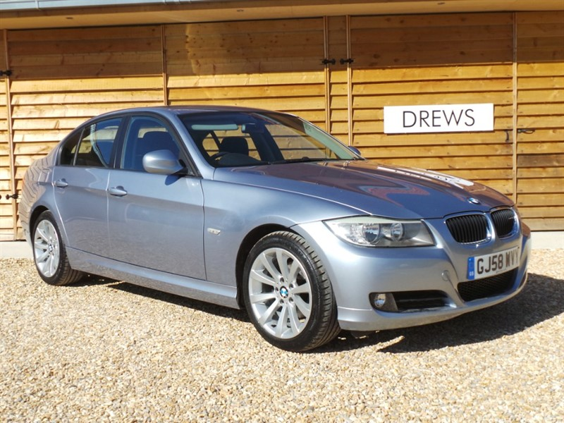 Used BMW 318i SE FBMWSH Great Condition Cruise Control Parktronic in Berkshire