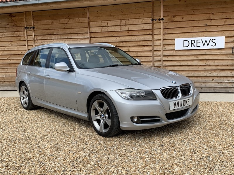 Used BMW 320d EXCLUSIVE EDITION TOURING Auto Sat Nav Leather in Berkshire