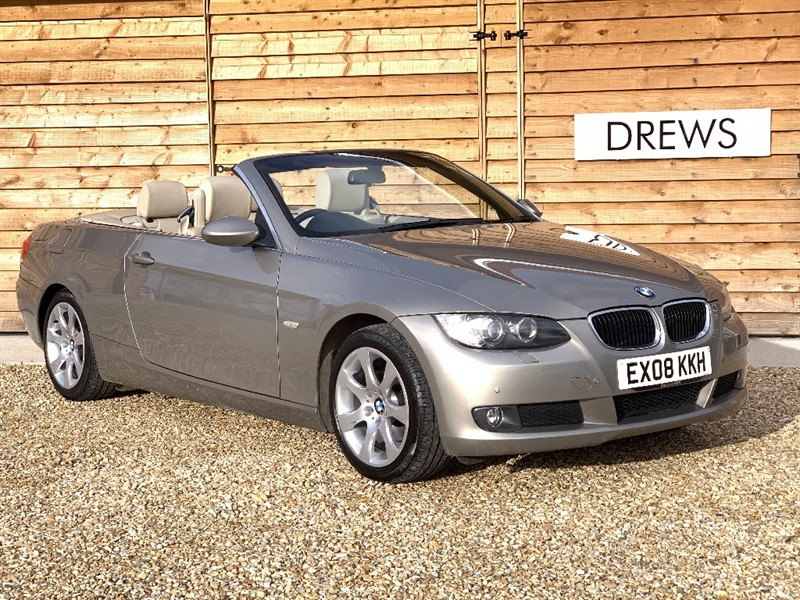 Used BMW 320i SE Petrol Auto Convertible Leather trim And Front and Rear Parktronic in Berkshire