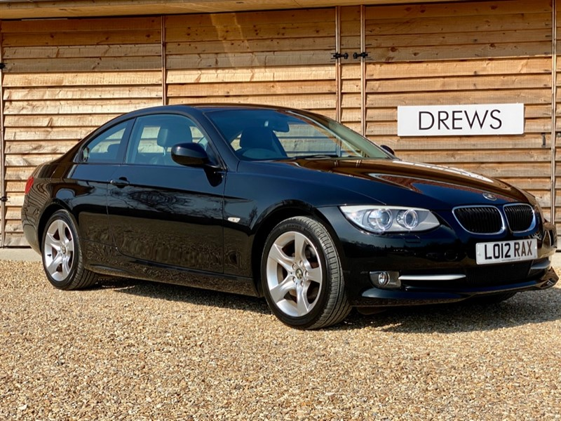 Used BMW 320i 2.0 Petrol SE Sport Plus Coupe Xenons Leather Bluetooth in Berkshire