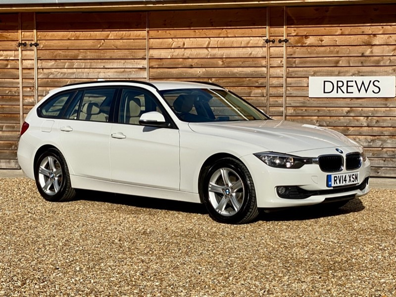 Used BMW 320i XDRIVE SE TOURING 2.0 T Petrol Auto One Owner Great Spec and Condition in Berkshire