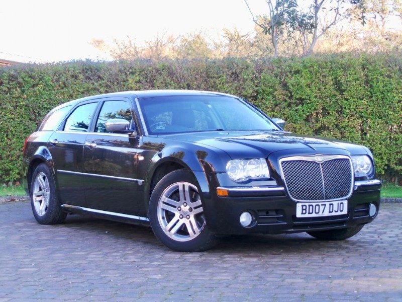 Used Chrysler 300C CRD Great Spec Fantastic Condition  in Berkshire
